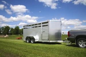 Featherlite 8107 Horse & Livestock Trailer